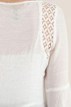 Off-White Wide Hem Long-Sleeve Bell-Sleeve Top