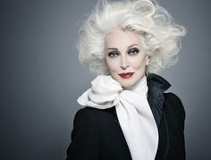 The one of the oldest models in the world, Carmen Dell'Orefice ...
