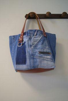Sac cabas en jean recyclé bleu used                                                                                                                                                                                 Plus