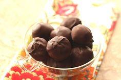 Barefeet In The Kitchen: German Chocolate Cake Truffles.