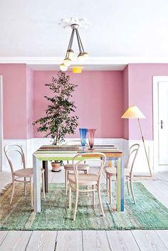 Une salle à manger pastel