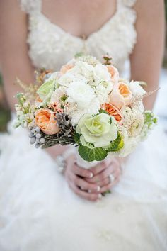 Photography by Lisa Hessel Photography / lisahesselphotography.com, Flowers by Les Bouquets / lesbouquets.com/
