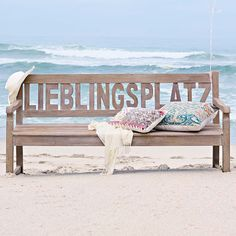 Egal ob am Strand, im Garten oder auf dem Balkon: Wo diese Bank steht, das wird Dein neuer Lieblingsplatz.  Und wo ist Dein Lieblingsplatz?                                                                                                                                                                                 Mehr