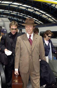 All The Nobody People • nightspell:   June 30, 2002, Waterloo Station,...