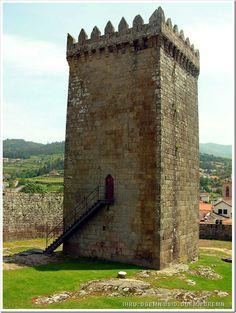 Castelo de Melgaço - Foto IHRU- DGEMN-DSID, DGEMN-DREMN