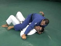 Gracie Breakdown - Triangle Choke from the Mount - YouTube