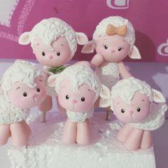 """892 Me gusta, 23 comentarios - Manuela Abelleira (@manuela_abelleira) en Instagram: """"#ovelhinhas #topodebolo #festaovelhinhas"""""""