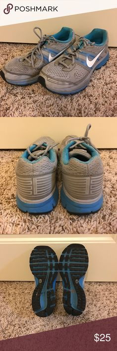 NIKE ZOOM AIR PEGASUS RUNNING SHOES Good condition! Nike Shoes Sneakers