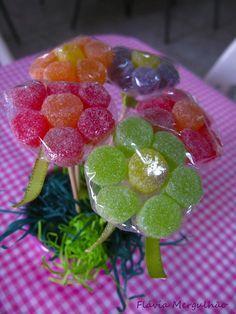 Bar A Bonbon, Candy Favors, Favours, Snack Recipes, Snacks, Chocolate Bouquet, Candy Bouquet, Candy Table, Party Treats