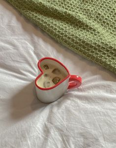 Diy Clay, Clay Crafts, Ceramic Pottery, Pottery Art, Cute Mugs, Aesthetic Food, Clay Art, Aesthetic Pictures, Decoration