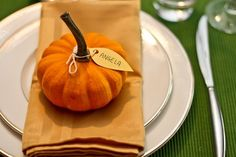 Pumpkin place settings
