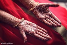 Mehndi http://www.maharaniweddings.com/gallery/photo/31318