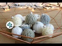Jak vyrobit klubíčka jako ozdoby na vánoční stromeček | i-creative.cz - Inspirace, návody a nápady pro rodiče, učitele a pro všechny, kteří rádi tvoří.