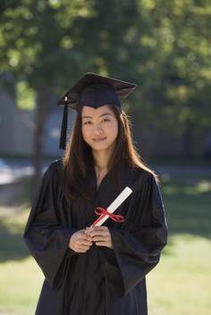 Ideas de regalos para chicas por la graduación de secundaria   eHow en Español