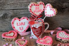 A romantic dinner, roses and chocolates. It is easy to go out and buy something for your sweetheart on Valentine's Day. Chocolate Cherry, Romantic Dinners, Chocolates, Valentines Day, Hearts, Rice, Creative, Desserts, Food