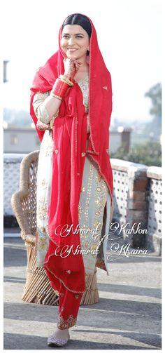 Punjabi Suit Boutique, Punjabi Suits Designer Boutique, Indian Designer Suits, Boutique Suits, Indian Fashion Dresses, Dress Indian Style, Indian Outfits, Bridal Suits Punjabi, Punjabi Suits Party Wear