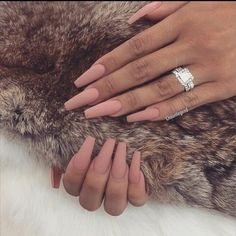 What you need to know about acrylic nails - My Nails Summer Acrylic Nails, Best Acrylic Nails, Matte Nails, Gel Nails, Glitter Nails, Summer Nails, Nagellack Design, Acylic Nails, Nagel Gel