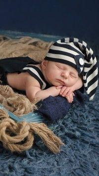Śpiące niemowlę