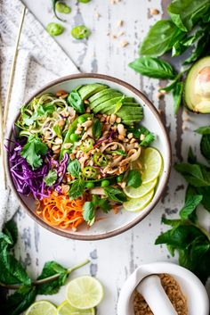 Vegan Thai Noodle Bowls | Fare Isle #vegan #recipe #noodlebowl #foodstyling #foodphotography Salad Recipes Gluten Free, Vegan Dinner Recipes, Delicious Vegan Recipes, Vegan Dinners, Lunches And Dinners, Free Recipes, Healthy Recipes, Lunch Bowl Recipe, Cocina Natural