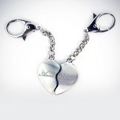 Ein tolles Geschenk für einen ganz besonderen Menschen: Unser Herz für Verliebte mit individueller Gravur der Wunschnamen. Aus hochwertigem Edelstahl.