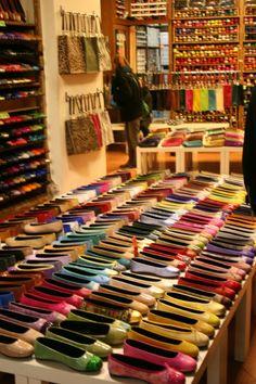 Just ballerinas. Kokua shoe shop - Barcelona