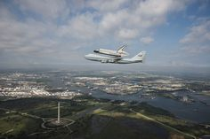 Endeavour Fly-Over Houston,TX (jsc2012e216097) by nasa hq photo, via Flickr