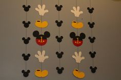 Mickey Mouse banner wih priority shipping