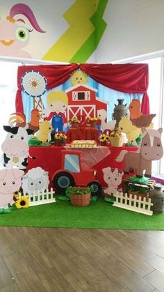 Check out this farm birthday party! See more party ideas at ! Party Animals, Farm Animal Party, Farm Animal Birthday, Farm Birthday, 3rd Birthday Parties, Farm Themed Party, Barnyard Party, Farm Party Kids, Baby Activity