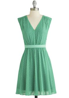 A fresh party plan calls for a refreshingly fun frock, and this green dress is fun, festive, and fits your darling, down-to-earth style.