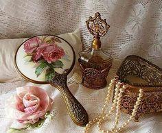 Rose print mirror, pearls