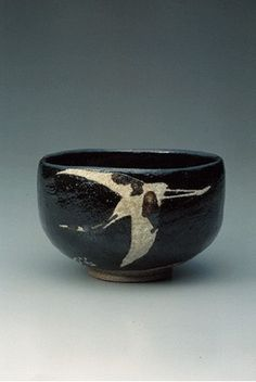Ohi Black Glaze Chawan with Crane.