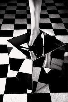Graphic edge. Nadja Bender by Camilla Akrans for Dior Magazine Fall 2013