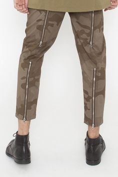 BLACK EYE RAGS - ROTTER PANT IN LASER CUT CAMO WITH WORKING REAR ZIPS ON THE LEGS