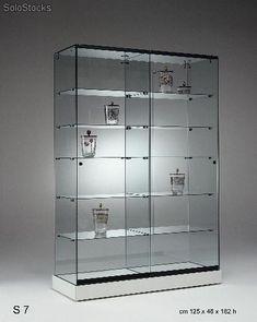 vitrina de 1250x46x182 cm, 2 cuerpos, 5+5 baldas, ptas/corred, rued/ocult.