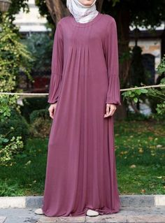 Jersey Pleated Abaya Save 48% Rose color  Based on the design of our comfortable Jersey Pleated Dress Top, this lightweight, soft abaya is a perfect statement of modest fashion. Contemporarily styled, thoughtfully cut, and beautifully pleated, it's the easiest, simplest, and most comfortable way to look good, modestly.