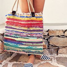 Cheap rug turned into beach bag/purse/book bag Large Bags, Large Tote, Hippie Bags, Everyday Bag, Boho Chic, Gifts For Women, Tote Bag, Women's Gift, Easy Stitch