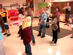 Monster Mash 2010.avi - YouTube ( Line Dance )