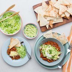 Making your own nacho 'chips' is a much healthier alternative to using usual corn chips. Nacho Chips, Corn Chips, Tortilla Chips, How To Make Nachos, Vegetarian Recipes, Healthy Recipes, Mashed Avocado, Evening Meals