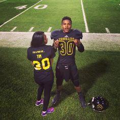 This is so cute! Football couple | Football Girlfriend ...