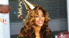 Love love love Beyonce's hair in this video.