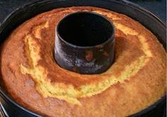 Este bolo é simplesmente ESPECTACULAR!! Posso dizer que é o melhor bolo de laranja que fiz e comi.. Ingredientes 1 Laranja 200gr de Manteiga 250 de Açúcar(usei 200) 5 Ovos 250gr de Farinha 1 Colh.de café de Fermento em Pó Confecção Unte uma forma de chaminé com manteiga e polvilhe com farinha.Triture a laranja com …