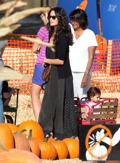Actress Emma Heming took her daughter with Bruce Willis — Mabel Ray — to a pumpkin patch on a sunny LA day