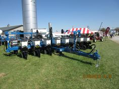 Front of 16 row Kinze 3500
