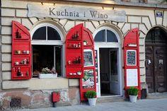 lady in black: One Day in Krakow #krakow #poland #polsko #lbloggers #travelling #krakov #easterneurope #cestovanie #visitpoland #visitkrakow #kazimierz #visiteurope #placestosee #placestogo #tourist #vacation #travel #solotravel #romanticdestination #jewish #architecture #europe