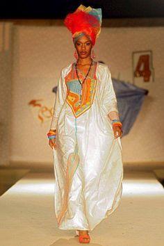 Des supers looks qui peuvent vous inspirer ~Latest African Fashion, African… African Inspired Fashion, African Print Fashion, Africa Fashion, Tribal Fashion, Fashion Prints, Love Fashion, Fashion Styles, African Dresses For Women, African Attire