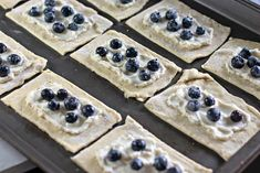These Homemade Lemon Blueberry Cream Cheese danishes are pretty simple to make. The finished pastries are drizzled with frosting. Homemade Danish Recipe, Cream Cheese Danish, No Bake Desserts, Baking Desserts, Danish Food, Danishes, Blueberry, Vegan Recipes, Goodies
