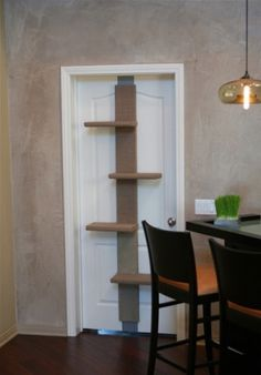 The Climber: for Stylish Homes and Cats. Another cool idea, but how to make it...
