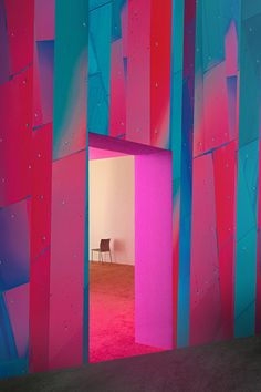 Alive a Office Wall 2019 kategóriában Office Walls, Neon, Modern, Collection, Design, Trendy Tree, Neon Colors, Neon Tetra