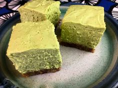 Low Carb Matcha Cheesecake Bar Recipe