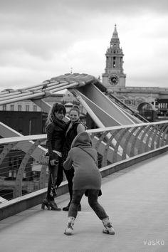 photo shooting on the bridge
